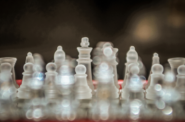 Glass-Chess-Pieces-Content-Marketing